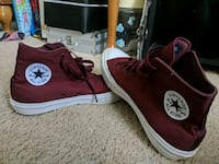 Burgundy Converses, good condition Maysville, 28555
