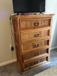 Dresser, Solid Pine, Rustic, Made in Mexico, 5 Drawers, only used in 2nd guest room very infrequently Midlothian, 23114