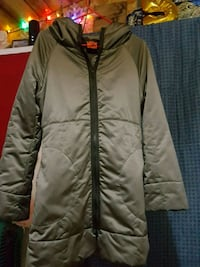 Beautiful long silver fitted winter jacket Medford, 97501