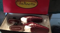 Pair of Liz Claiborne Red Pomegranate Shoes Brooklyn, 21225