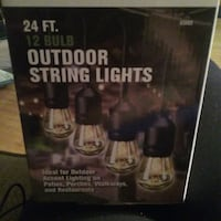 Outdoor string lights w/ incandescent bulbs