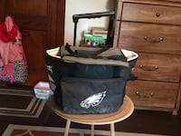 PHILADELPHIA EAGLES COOLER, DECENT CONDITION , USED BUT STILL KEEPS BEERS ICE COLD , $8 Quakertown, 18951