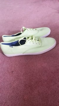 Size 9 Keds sneakers