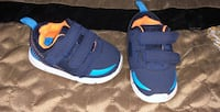 pair of blue-and-black Nike basketball shoes Laredo, 78045