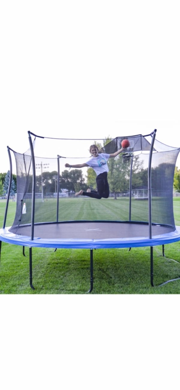 14FT TRAMPOLINE with BASKETBALL HOOP d72dd019-eb9d-4dfe-99a4-711dba114939