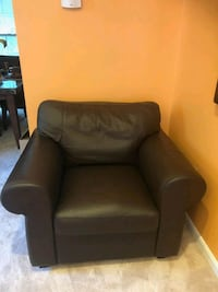 black leather sofa chair with ottoman Cheltenham, 20623