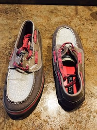 Sperry - almost new - size 8.5