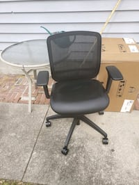 Two brand new computer chairs