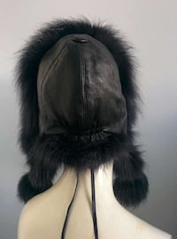 Quality fox fur hat Toronto, M4B 2E1
