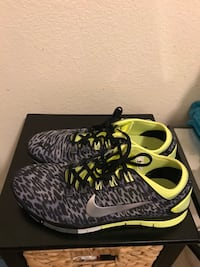 BRAND NEW LADIES NIKES