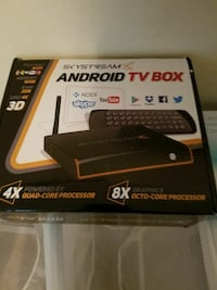 Android t.v. box with remote and keyboard