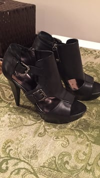 pair of black leather open toe booties Mission, V2V 1R9