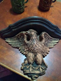 Vintage handcarved eagle shelf Waterloo, 50701