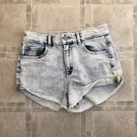 GRG acid wash denim shorts - sz 3 Edmonton, T6V 1S7