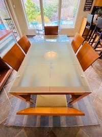 Glass Dinning Table with 6 Chairs - Contemporary Finish Wayne, 19087