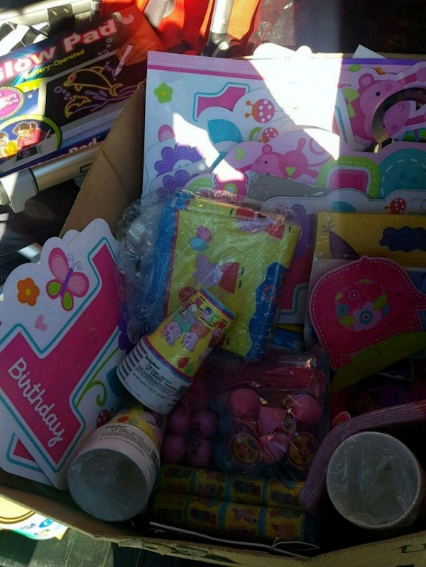 Used Birthday Party Supplies For Sale In Pompton Lakes