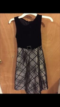 Girls black and gray sleeveless dress Duncanville, 75116
