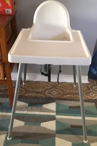 High chair with tray Vaughan