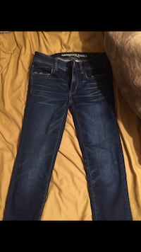American and hollister jeans Bakersfield, 93304