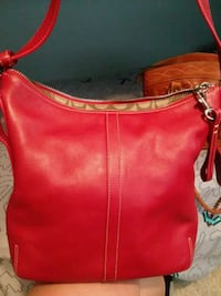 Red Coach purse Amarillo, 79109