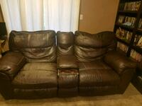Reclining leather couch and loveseat Decatur, 30033