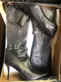 Pair of black leather boots San Leandro, 94578