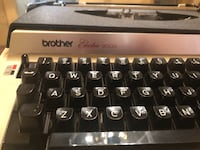 Vintage 1974 Brothers Electric 3000 Portable Typewriter