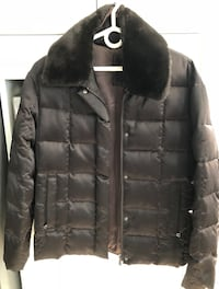 Brown winter jacket zip-up bubble jacket