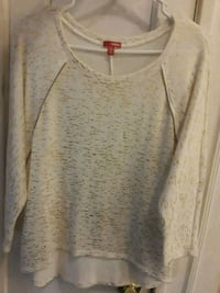 Cream w/gold pieces, 3/4 sleeved shirt Racine, 53405