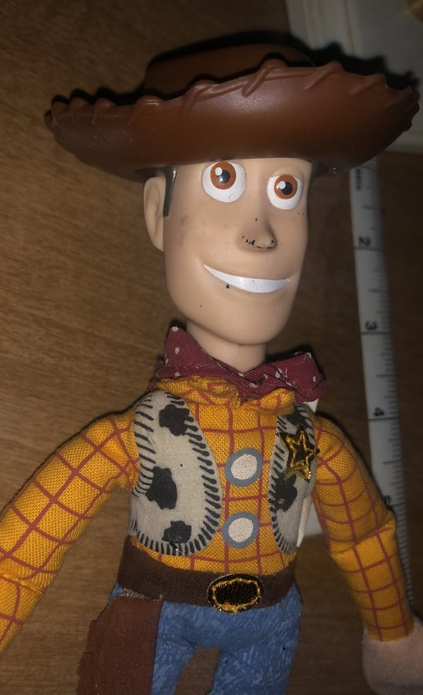 Woody  Toy story 3fea45a7-db2d-40bc-98e7-6a695e85b372