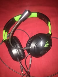 black and green corded headphones Rockville, 20853
