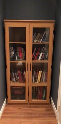 Book Case with Books of all Sorta Pickering, L1V 1T5