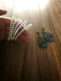 Pearl bangles and teardrop earrings Kelowna, V1Y 8K8
