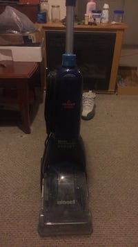 black Bissell upright vacuum cleaner Hyattsville, 20785