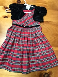 Girls size 5 holiday dress 713 km