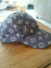 monogrammed gray and black Louis Vuitton cap South Euclid, 44121