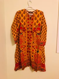 Khaddi kurti from a pet and smoke free home for only 30$ Vaughan, L6A 3A5