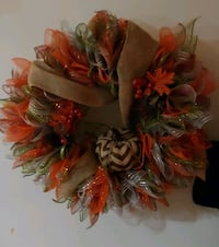 HOLIDAY WREATHS FOR SALE 2245 mi