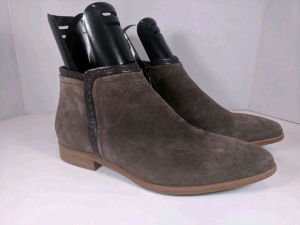 New Italeau Womens Low Ankle Booties Brown Suede