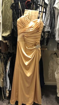 Gold prom dress Clovis, 93619
