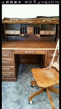 Roll-Top desk w/chair MAKE OFFER Coarsegold, 93614