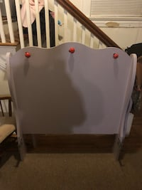 Twin bed very nice has footboard and rails  Lynchburg, 24502