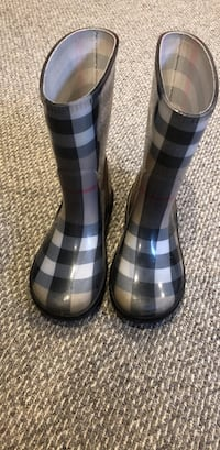 Burberry rain boots size 11/12 were $300 new