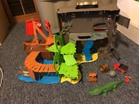 Matchbox Pop Up Fold and go Pirate Playset  Erie, 16504