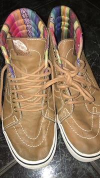 Brown leather Vans NEGOTIABLE  Houston, 77088