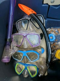 4 sets of goggles and 2 snorkles Fort Walton Beach, 32548