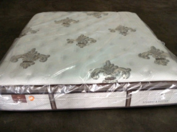 Brand New king mattress eurotop.delivery 50$ 3f6b5bdc-92a5-44e5-a423-d2f989f760a6