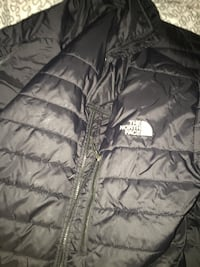 black The North Face zip-up bubble jacket