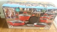 $60.00 NEW Pots, pans, cast iron skillet  Council Bluffs, 51501