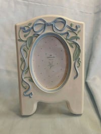 Picture Frame Newark, 19702